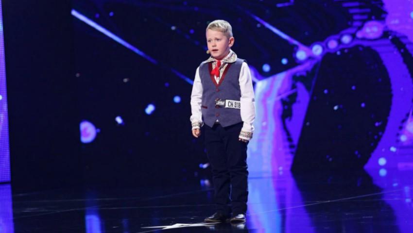 """Un băiețel de 6 ani, din Chișinău, i-a uimit pe jurații de la ,,Românii au Talent""""!"""