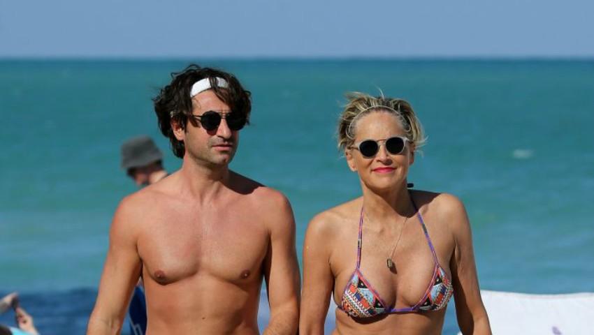 Foto: Sharon Stone s-a logodit cu iubitul mai tinerel