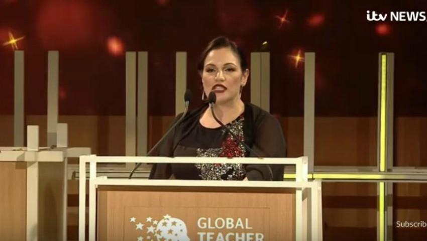 """Foto: Video! O britanică a fost desemnată ,,Cel mai bun profesor din lume"""". Aceasta a câștigat premiul de un milion de dolari"""