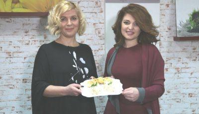 Rodica Tătaru și Viorelia Lazăr au pregătit cele mai gustoase pârjoale din carne de pui cu garnitură de orez