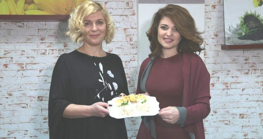 Foto: Rodica Tătaru și Viorelia Lazăr au pregătit cele mai gustoase pârjoale din carne de pui cu garnitură de orez
