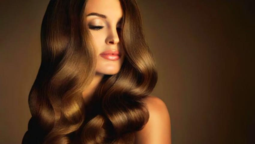 Produsele de styling care îți asigură un păr strălucitor și o coafură irezistibilă, în orice moment al zilei!