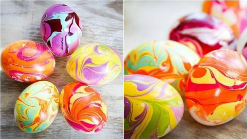 Foto: Ouă-curcubeu! Vezi o metodă ingenioasă de vopsire a ouălor cu ulei