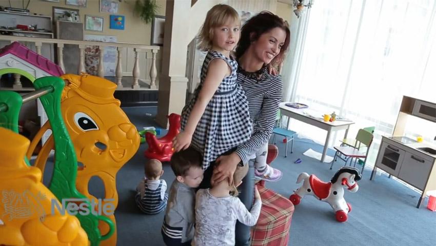 Foto: Fosta Miss Moldova, Ina Chișlaru, este mamă a 3 copii!