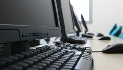 Mai multe instituții de învățământ din țara noastră au primit computere oferite de Republica Coreea
