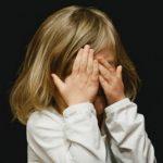 Foto: O fetiță de șapte ani a fost agresată sexual de către un individ în vârstă de 56 de ani