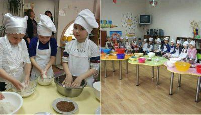 Copiii de la grădinița nr. 196 au gătit pâine cu semințe
