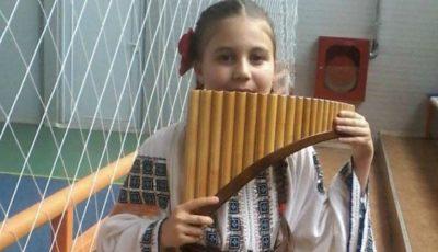 O micuță artistă de numai 10 ani, a murit subit din cauza unei viroze complicate cu encefalită