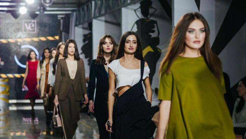 Foto: Foto! Vezi cine sunt modelele care au defilat pe podiumul de la Privé Fashion Events