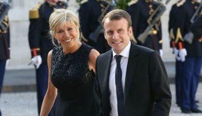 Cum arată în costum de baie, soția lui Emmanuel Macron?