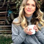 Foto: Adela Popescu va sărbători Paștele la țară, la Șușani