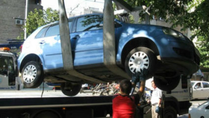 Mașinile parcate neregulamentar vor fi evacuate. Șoferii vor trebui să achite procedura