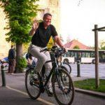 Foto: Președintele României a mers cu bicicleta la serviciu