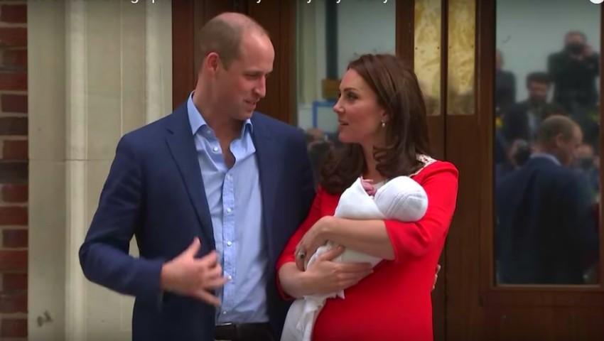 Ce i-a spus prințul William la ureche lui Kate Middleton, în momentul în care au ieșit cu copilul în fața spitalului?