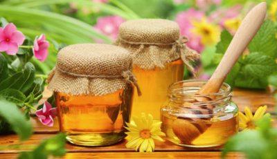 Studiu: mierea vindecă mătreața, mâncărimea și descuamarea la nivelul scalpului