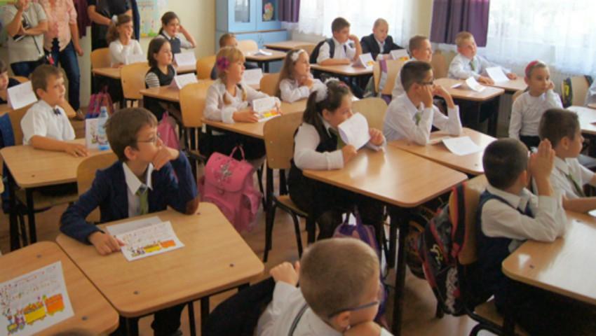 Elevii din clasele întâi şi a cincea vor studia o nouă disciplină școlară