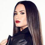 Foto: Demi Lovato a făcut publice câteva fotografii cu imperfecțiunile siluetei sale