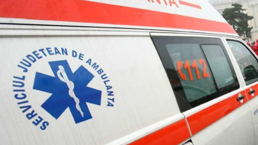 Foto: Un copil de 2 ani a murit sufocat cu o bucată de polistiren, chiar sub privirile îngrozite ale mamei