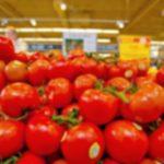 """Foto: Dezvăluire șocantă. Cum sunt ,,coapte"""", în doar câteva ore, roșiile din supermarketuri?"""