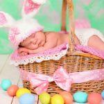 Foto: Șapte bebeluși s-au născut în Capitală în Noaptea Învierii
