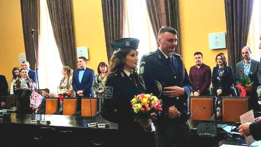 Nuntă la graniță! O polițistă moldoveancă s-a căsătorit cu polițistul de frontieră român