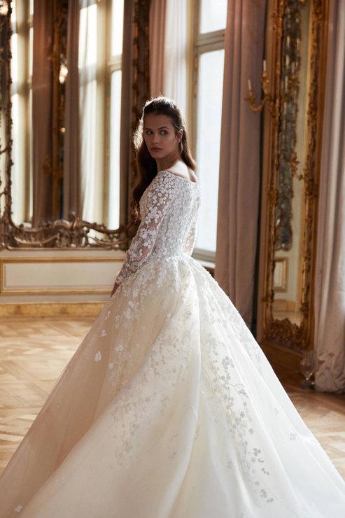 Ce rochii de mireasă au purtat reginele și prințesele Marii Britanii!
