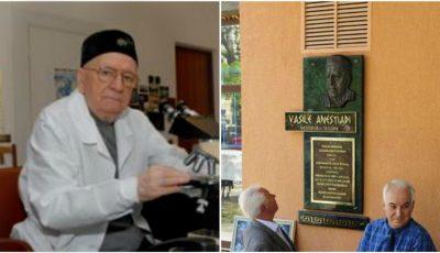 """La USMF """"Nicolae Testemițanu"""" a avut loc ceremonia de dezvelire a basoreliefului academicianului Vasile Anestiadi"""