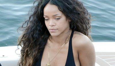 Rihanna și-a arătat posteriorul plin de vergeturi
