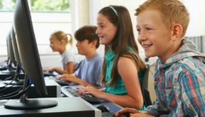 Proiectul TwentyTu este susținut de angajați ai marilor companii internaționale Google, Amazon și Intel