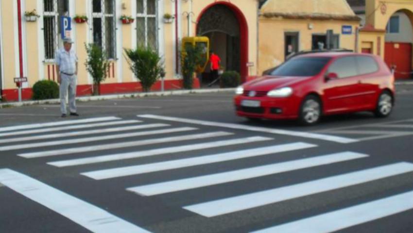 Foto: Amenzi de până la 1.500 de lei pentru șoferii care nu vor acorda prioritate pietonilor sau cicliștilor
