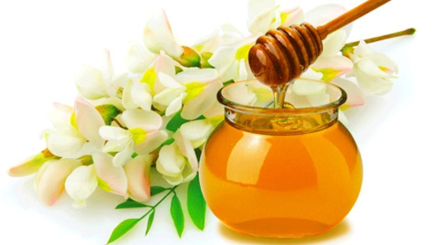 Foto: Mierea de salcâm îmbunătățește aspectul pielii, întărește imunitatea și combate sindromul de oboseală cronică