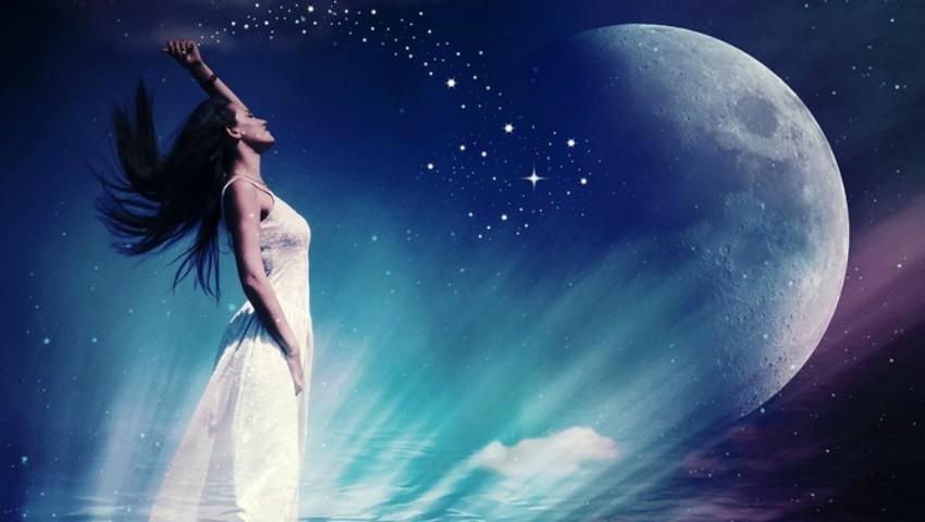 Foto: Luna mai va fi fenomenală pentru aceste trei zodii!