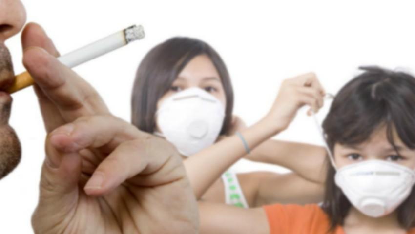 Foto: Amenzi pentru părinții care fumează în prezența copiilor