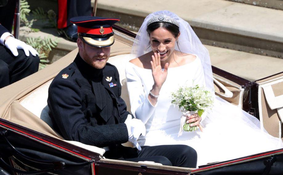 Buchetul Lui Meghan Markle Este Un Omagiu Adus Prințesei Diana
