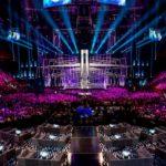 Foto: Eurovision cenzurat. China a blurat tatuajele unui artist şi un dans între doi bărbaţi