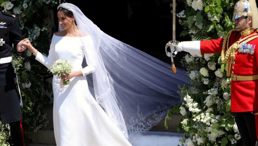 Foto: Scandal după nunta regală, din cauza rochiei de mireasă