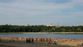 Scăldatul în lacurile din Capitală este interzis!