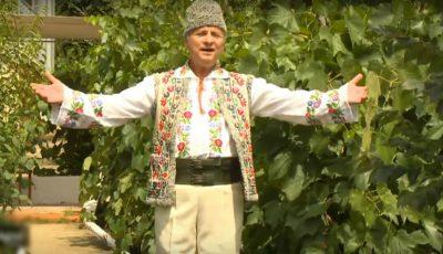 La mulți ani! Interpretul de muzică populară Nicolae Glib împlinește 69 de ani