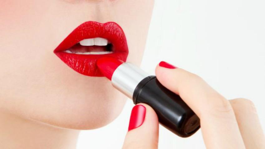 Foto: Rujul roșu – învață cum să-l aplici corect
