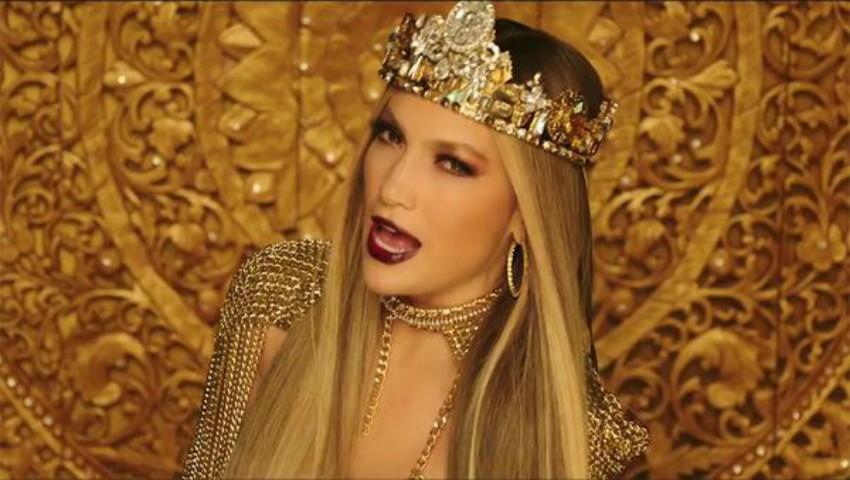 Foto: Jennifer Lopez, sexy și seducătoare în noul videoclip, la 48 de ani!