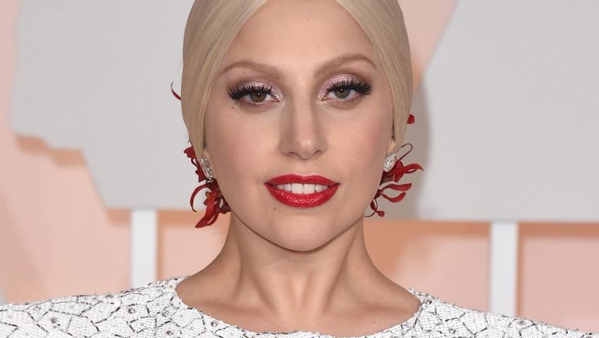 Foto: Cum arăta Lady Gaga la 19 ani?