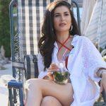 Foto: Prezentatoarea tv, Nicoleta Adam adoră aspectul ciocolățiu al pielii, iar cremele cu protecție solară nu împiedică obținerea unui bronz catifelat!