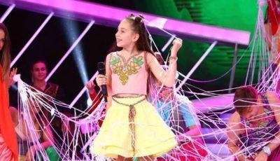 """O fetiță din Moldova a câștigat trofeul mare, la renumita tabăra """"Artek"""" din peninsula Crimeea"""
