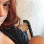 Foto: Și-a alăptat fiica până la vârsta de 6 ani, nepoata, dar și copiii prietenilor. O femeie din Florida alăptează deja de 8 ani
