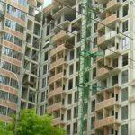 Foto: Un tânăr muncitor, de 22 de ani, a căzut de la etajul 10 la un bloc în construcție