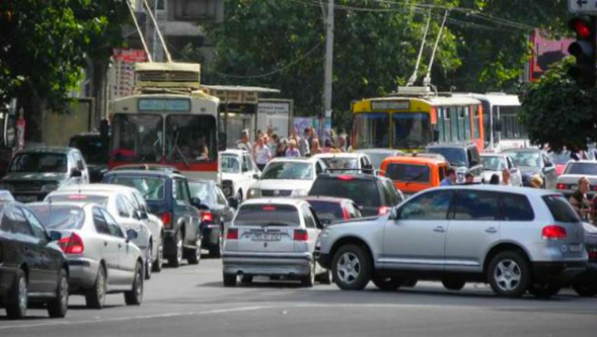 Atenție, șoferi! Restricții temporare de trafic în Capitală. Iată ce străzi să evitați!