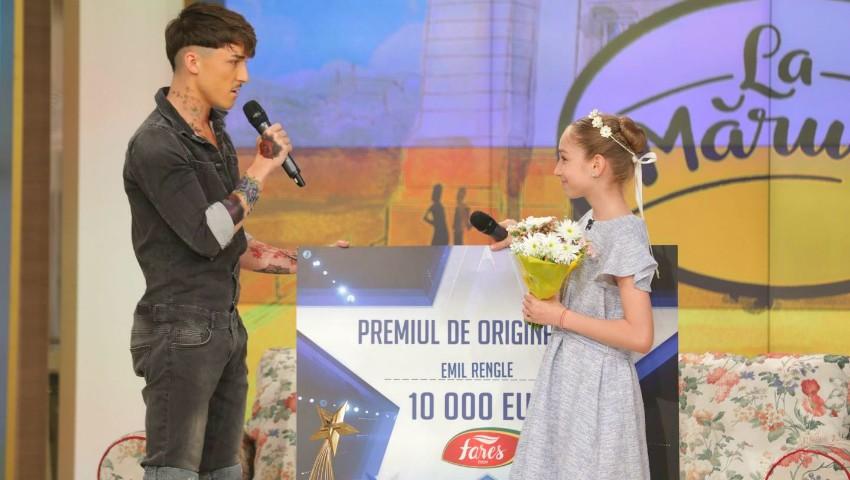 """Foto: Câștigătorul sezonului 8 ,,Românii au talent"""" a donat premiul de originalitate de 10 000 euro, fetiței care s-a clasat pe locul 2"""