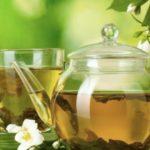 Foto: 11 ceaiuri de plante care te ajută la slăbit