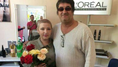 Stilistul Victor Micușa a făcut cadou o frizerie! Cine este beneficiara?