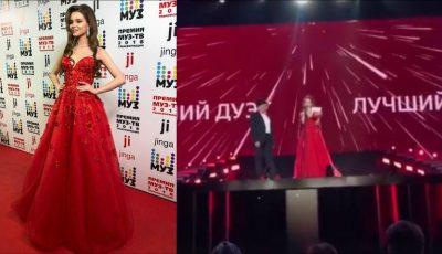 Miss Rusia 2018 a purtat rochia unui designer moldovean la decernarea Premiilor Muz TV